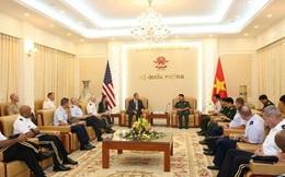 Đại tướng Không quân dẫn đoàn Đại học Quốc phòng Mỹ tìm hiểu thực tế Việt Nam
