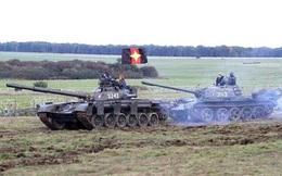 Sự thật vụ dân Anh hoảng vì xe tăng Nga tấn công