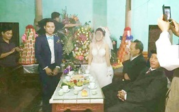 """Choáng váng với chiếc váy cưới xuyên thấu """"táo bạo"""" của cô dâu ra mắt quan viên hai họ"""