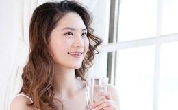 Lợi và hại khi uống nước lúc đói: Kinh nghiệm chữa bệnh của người Nhật và Ấn Độ