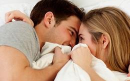 Trước khi đi ngủ với bạn tình, bác sĩ lưu ý ai cũng phải làm 2 việc này