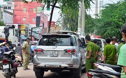 Người đàn ông nước ngoài ôm ngực chết bất thường trên ôtô ở Sài Gòn