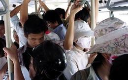 Phát hiện 2 vụ sàm sỡ hành khách đi xe buýt ở Hà Nội