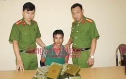 Lợi dụng bão số 1 ập đến, vận chuyển 21 bánh heroin về Việt Nam
