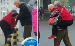Hình ảnh cụ ông già yếu cõng vợ trên đường lay động trái tim hàng triệu người