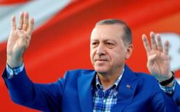 Sau khi cho quân vượt biên giới Syria, Tổng thống Erdogan thề tiêu diệt sạch bọn khủng bố
