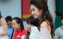 """Hoa hậu Mỹ Linh: Chiếc váy không hở hang, cũng không """"làm quá"""""""