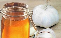 Cải thiện sức khỏe với hỗn hợp mật ong tỏi trong 7 ngày