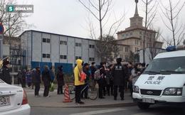 Trụ sở Bộ quốc phòng Trung Quốc bị công chức về hưu kéo đến thị uy