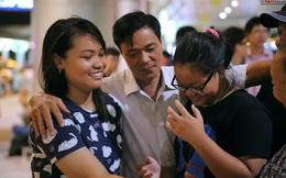 Gia đình cô lao công xúc động trong giây phút chia tay con gái lên đường nhập học Harvard