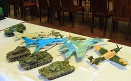 """Cận cảnh những tuyệt tác vũ khí hiện đại """"Made in Vietnam"""" tại Hà Nội"""