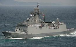 """""""Nội soi"""" khinh hạm 3.000 tấn sắp có mặt tại biển Đông"""