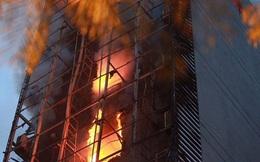Quán karaoke 8 tầng bị cháy chưa được cấp phép, đang sửa chữa vẫn hoạt động