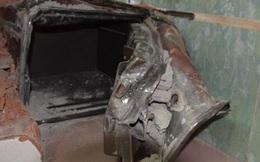 Tài sản trong két sắt 'bốc hơi' khi chủ nhà đi nước ngoài