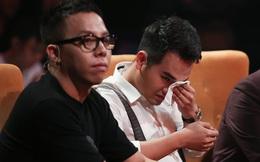 Em trai Khắc Việt bật khóc nức nở trên truyền hình