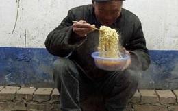 """Muốn biết từng """"ngóc ngách"""" kinh tế Trung Quốc, chỉ cần nhìn vào mì ăn liền!"""