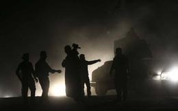 Mosul mịt mù khói lửa trong ngày thứ hai tổng tấn công: Dân bị bắn chết nếu bỏ chạy