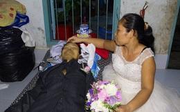Xót xa cảnh người phụ nữ mặc váy cô dâu, áo tang chồng trong một đêm