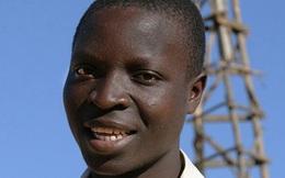 Cậu bé 14 tuổi tự mình làm cối xay gió từ xe đạp cũ, mang điện tới cả ngôi làng nghèo, truyền cảm hứng cho cả thế giới