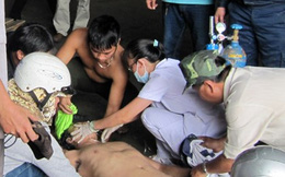 Giây phút sinh tử cứu 4 ngư dân bị ngạt khí độc của 2 thanh niên