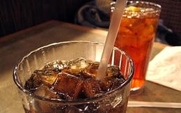 """Xem cận cảnh điều """"kinh khủng"""" xảy ra trong cơ thể khi bạn uống nước ngọt"""