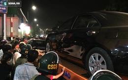 Hàng trăm cảnh sát bao vây bắt sới bạc, cẩu nhiều ô tô về điều tra
