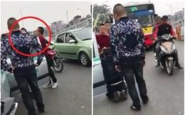 Tài xế taxi bị đánh giữa phố Hà Nội bởi lý do không thể tin được