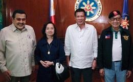 """Năm Tổng thống Philippines """"hợp lực"""" đối phó với Trung Quốc"""