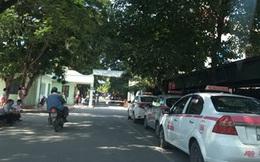 """Tiếp vụ Bảo vệ BV Nhi T.Ư chặn xe cấp cứu: Sẽ xử lý xe """"dù"""", độc quyền taxi tại bệnh viện"""