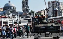 Nhiều binh sĩ đảo chính xin tị nạn tại Hy Lạp
