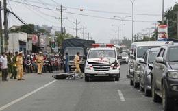 Xe cứu thương tông hàng loạt xe hơi trên quốc lộ 13