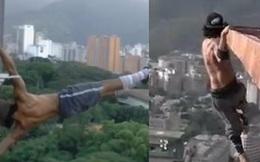 Sởn da gà với hình ảnh 9x đu mình trên nóc tòa nhà 60 tầng