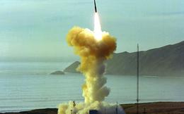 """Mỹ """"rục rịch"""" nghiên cứu chế tạo tên lửa hạt nhân mới"""