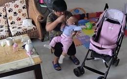 Mẹ chết lặng khi giúp việc lấy điều khiển TV đánh vào mặt con rồi cho ngậm bấm móng tay để nín khóc