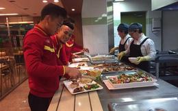 ĐT Việt Nam ăn, tập đúng tiêu chuẩn tuyển thủ Hàn Quốc