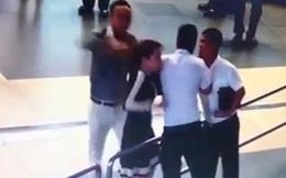 Người xô xát nữ nhân viên sân bay là cán bộ Sở GTVT Hà Nội