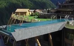 Bể bơi cao 12 m đáng sợ nhất thế giới