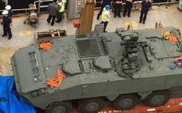 Hải quan Hong Kong giữ xe bọc thép Singapore: Ai đạo diễn?