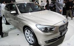 Dùng công nghệ khóa xe từ xa của BMW để nhốt trộm, bắt hắn ngoan ngoãn đợi cảnh sát tới tóm