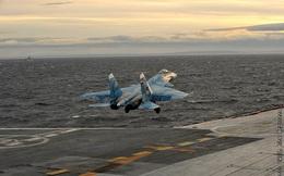 Nguyên nhân bất ngờ vụ máy bay Su-33 trượt khỏi boong tàu sân bay Nga