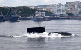 Tàu ngầm Kilo-636 Việt Nam vừa vượt qua eo biển tấp nập nhất nhì thế giới: Hạn chế tốc độ!