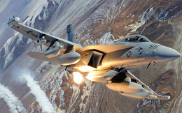 Mỹ: Máy bay EA-18G khó có cửa hạ được S-400