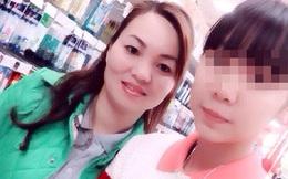Chuyến đi phượt của mẹ và tấm di ảnh của con gái khiến dân mạng nghẹn ngào