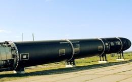 """""""Con quỷ dữ"""" - Tên lửa Sarmat phiên bản mới của Nga sắp ra đời"""
