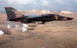 """Tìm hiểu """"mãnh thú ném bom tầm thấp"""" F-111 Aardvark của Không quân Mỹ"""