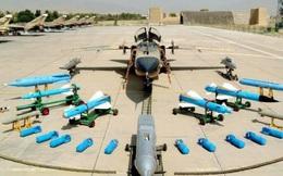 Su-24 đối diện với JH-7 - Ai thắng ai?
