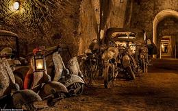 """Đường hầm thoát hiểm của nhà vua thế kỷ 19 thành """"bảo tàng xe cổ"""" thu hút khách du lịch"""