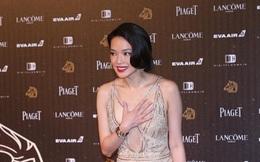 Thư Kỳ sợ hớ hênh, Phạm Băng Băng liên tục vấp váy ở Kim Mã