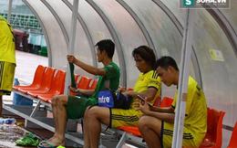 """Bi kịch bóng đá Việt: CLB """"bị ép"""" lên hạng, cầu thủ đói phải tự mua trứng ăn thêm"""