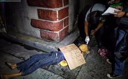 """Cuộc chiến """"đếm xác"""" ở Philippines: Tổng thống Duterte đang gặp đối thủ quá mạnh"""